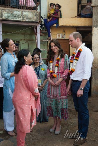 Герцогиня Кембриджская и принц Уильям в Индии_4