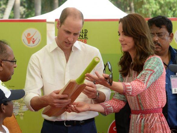 Герцогиня Кембриджская и принц Уильям в Индии_7