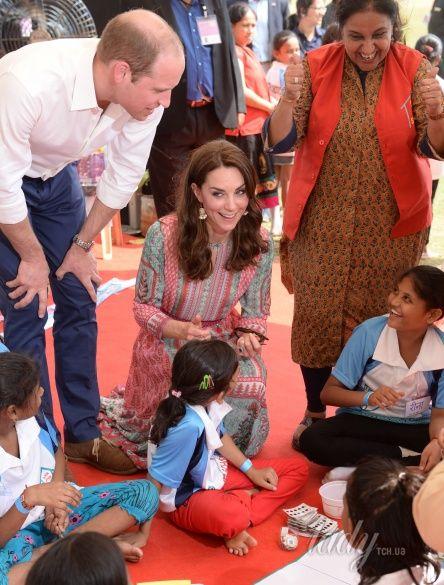 Герцогиня Кембриджская и принц Уильям в Индии_9