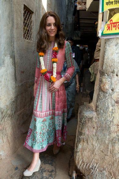 Герцогиня Кембриджская и принц Уильям в Индии_11