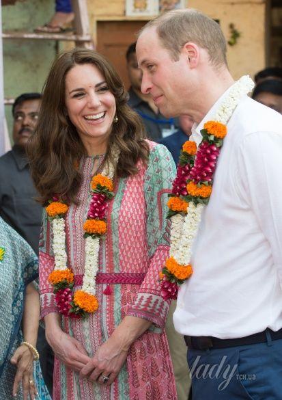 Герцогиня Кембриджская и принц Уильям в Индии_3