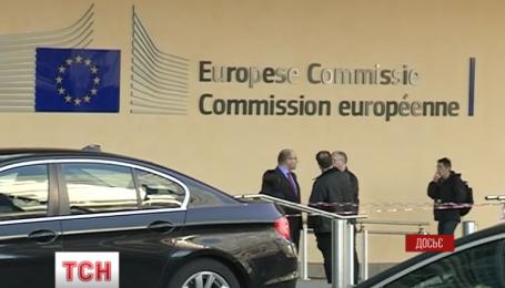 ЕС предлагает все-таки отменить визы для украинцев