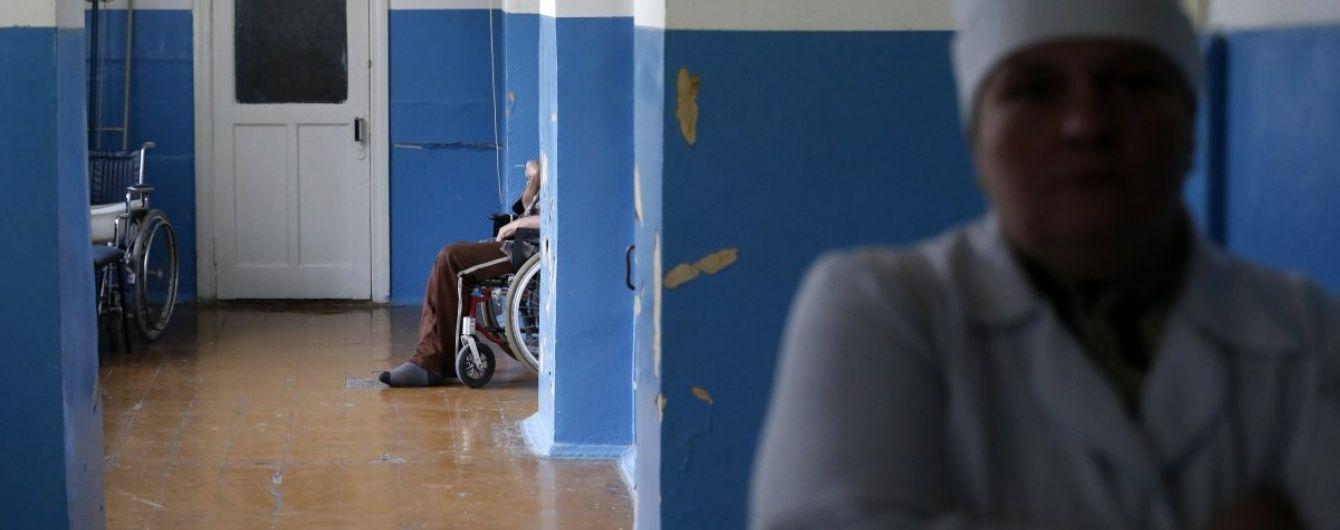 У Росії у військовому госпіталі психічно хворі вбили медсестер і втекли