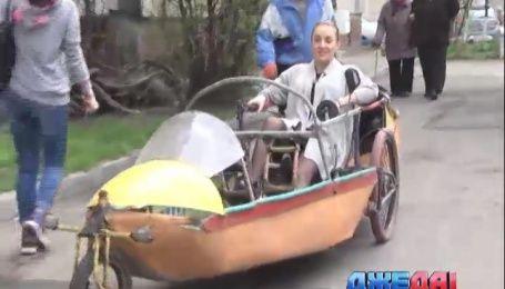 Киевлянин в гараже сконструировал велолодку