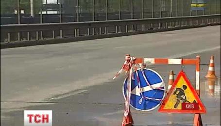 Черговий водяний прорив у столиці стався на вулиці Борщагівській міста Києва