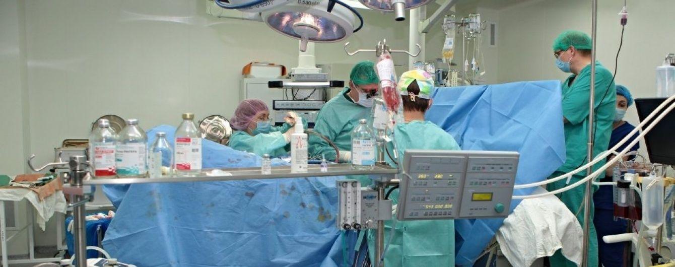 В Киеве врачи вживили человеку механическое сердце