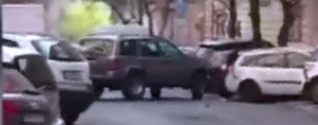 У Чехії п'яний поліцейський розбив 50 машин