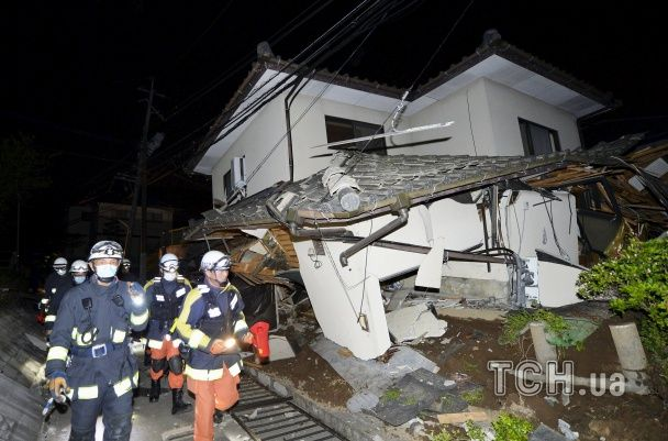У Японії сталися два потужні землетруси: є загиблі і десятки поранених