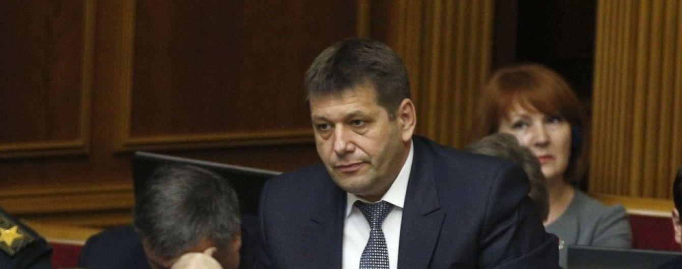 """Віце-прем'єр Кістіон задекларував понад 170 тисяч гривень зарплати та """"Волинянку"""" дружини"""