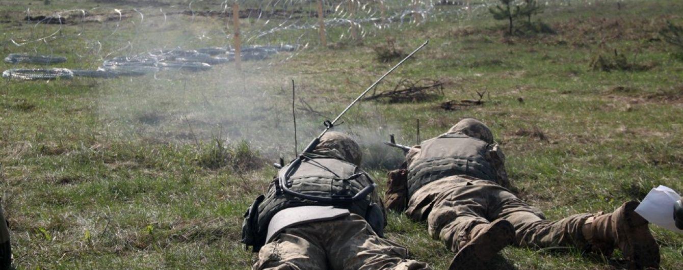 У Порошенка повідомили про рекордну кількість поранених бійців на Донбасі за добу