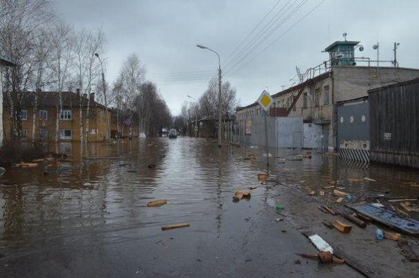 """У Росії """"батьківщина"""" Діда Мороза пішла під воду: підтоплено 450 будинків"""