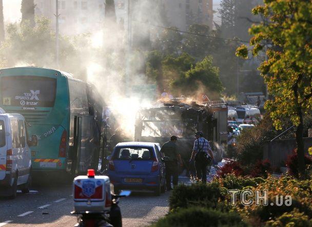 У Мережі з'явилося відео з місця вибуху автобуса в Єрусалимі