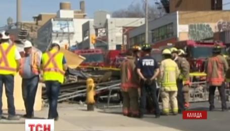 В центре Торонто обрушилось аварийное здание