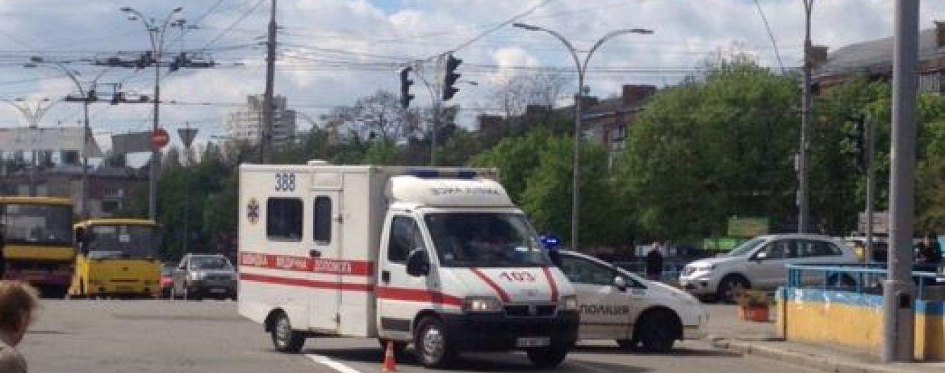 У лікарні померла жінка, яку напередодні збили поліцейські