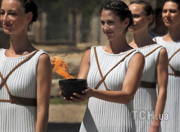 У Греції потренувалися запалювати вогонь для Олімпіади-2016
