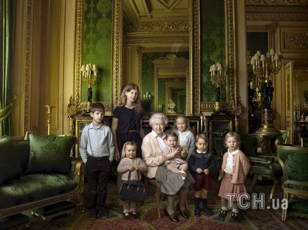 Королева Великобританії святкує 90-річний ювілей