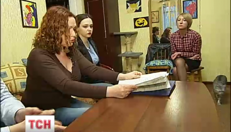 У Києві родина у власній квартирі отруїлася невідомою речовиною