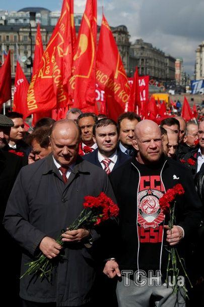 Back in USSR. Росія відсвяткувала день народження кривавого вождя