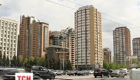 Как прокуроры, депутаты и судьи присваивают государственное жилье