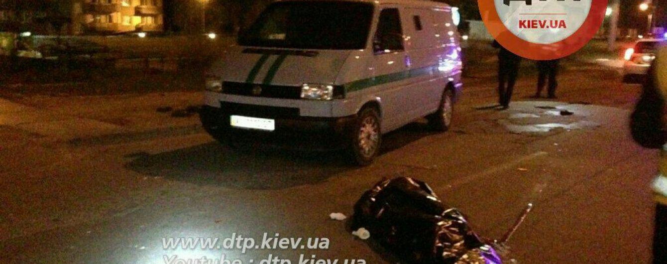 У Києві інкасатор на смерть збив пішохода