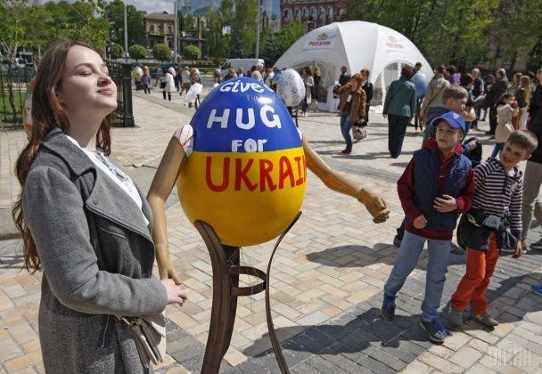 Народні візерунки і чудернацькі мотиви. У Києві стартував масштабний фестиваль писанок