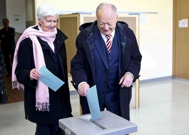 """В Австрії вибирають президента серед """"друзів"""" Путіна"""