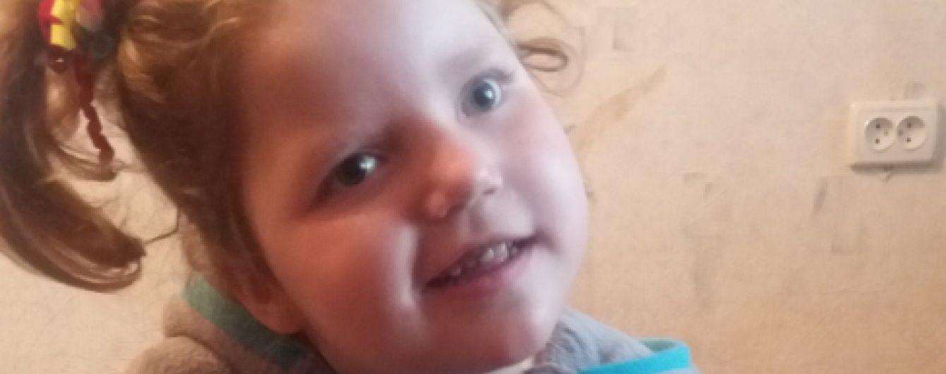 5-річна Вікторія потребує допомоги небайдужих