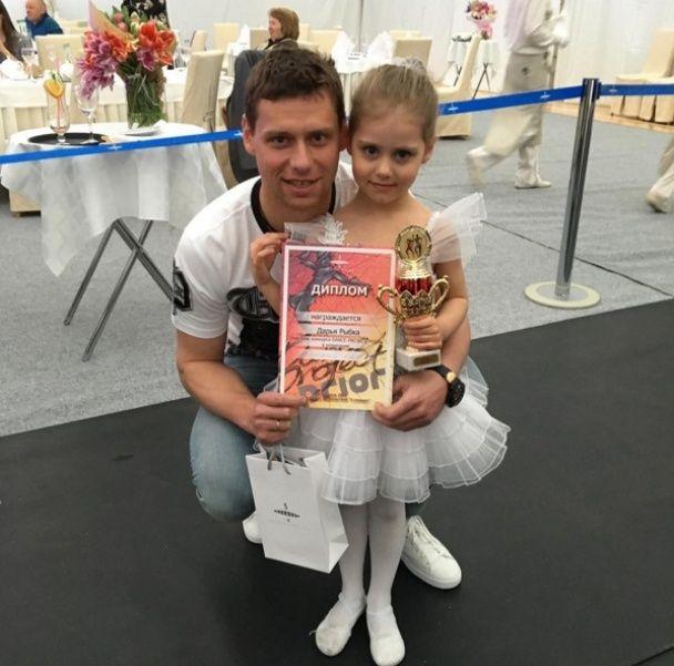 """Нащадки чемпіонів: хто надихає гравців """"Динамо"""" на перемоги"""