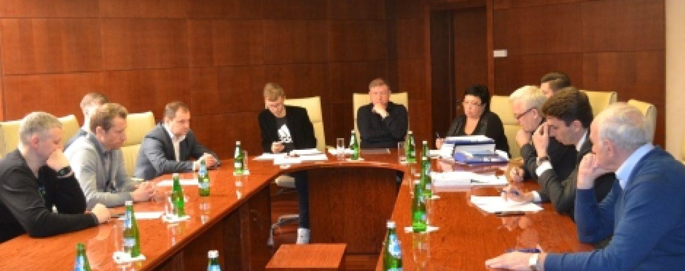 """""""Дніпро"""", """"Карпати"""", """"Зоря"""" та """"Сталь"""" можуть не отримати атестати на новий сезон"""