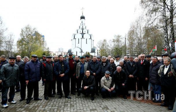 Портрети, лампадки і мітинги: як в Україні та Білорусі відзначали 30-річчя Чорнобильської катастрофи