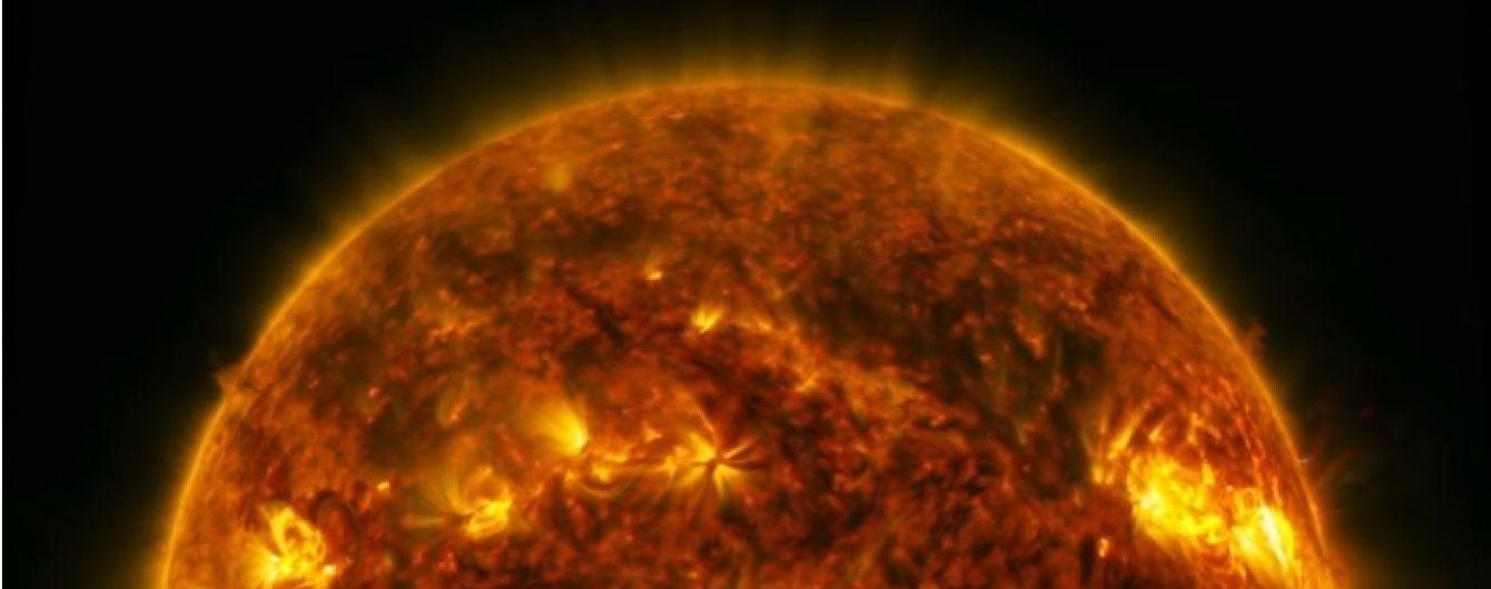 NASA показало відео надвисокої чіткості сонячного спалаху