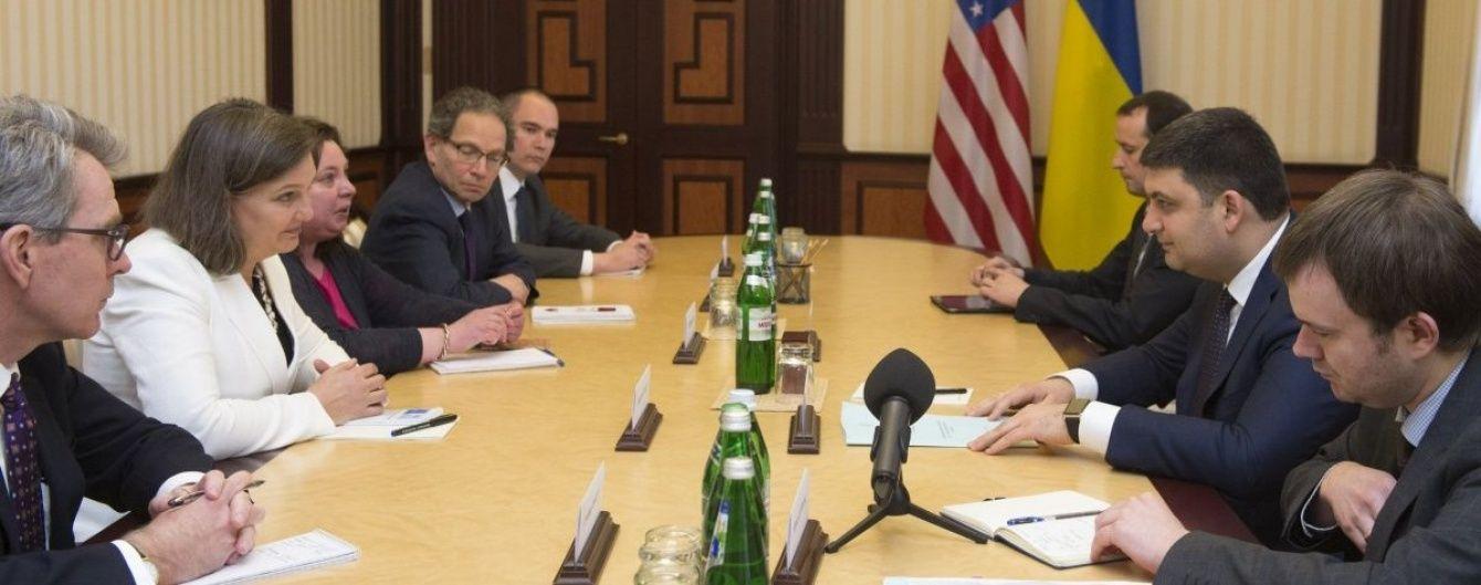 Гройсман обговорив з Нуланд реформи в Україні та підтримку США у їх втіленні