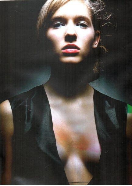 Юна модель: у Мережі з'явилися раритетні фото Катерини Осадчої