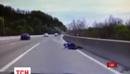 Американский полицейский неожиданно спас мужчину от самоубийства