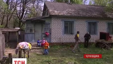 Украинцы произвели новоселье для пятилетнего спасителя