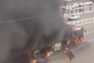 У Москві вщент згорів пасажирський автобус