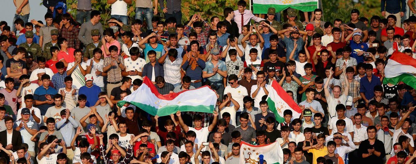 Кримінальну відповідальність за образу президента запровадили в Таджикистані