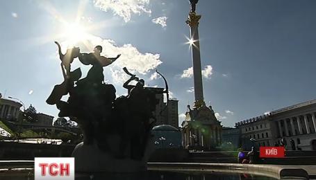 На главной улице столицы заработали фонтаны