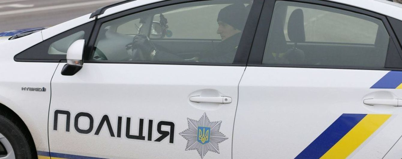 На Рівненщині поліція затримала п'яного водія за кермом іномарки з номерами Верховної Ради