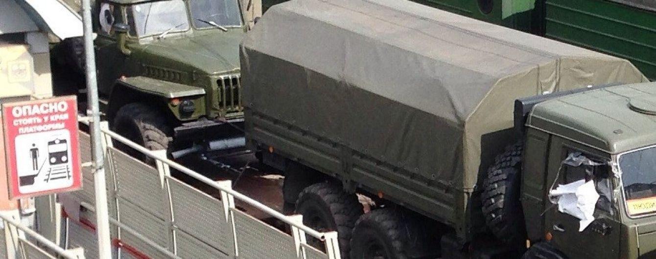 З'явилося відео пересування військової колони в окупованому Луганську