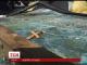 У Києві позашляховик на великій швидкості влетів у кіоск ломбарду