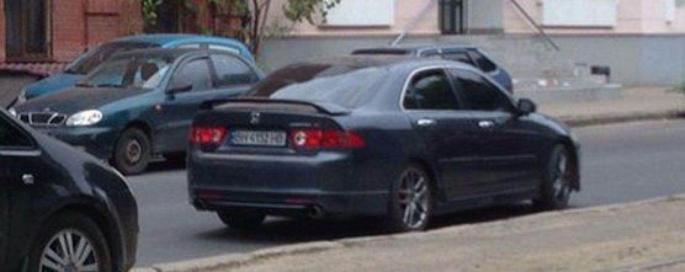 В Одесі затримали нападника на журналістів місцевого телеканалу