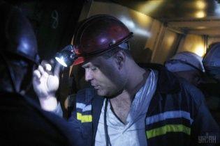 На Дніпропетровщині в одній із шахт обірвалась лебідка, постраждали гірники