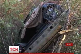 Свидетель трагической аварии во Львове рассказал, как из БМВ в воздухе вылетали люди