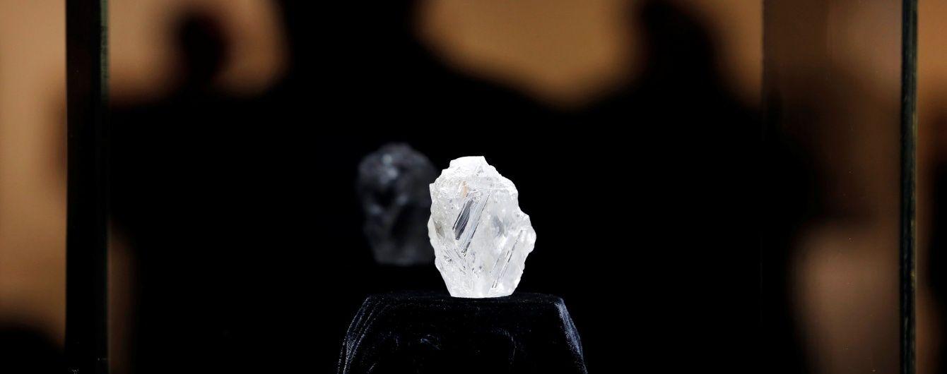 У Лондоні на аукціоні продадуть унікальний коштовний діамант