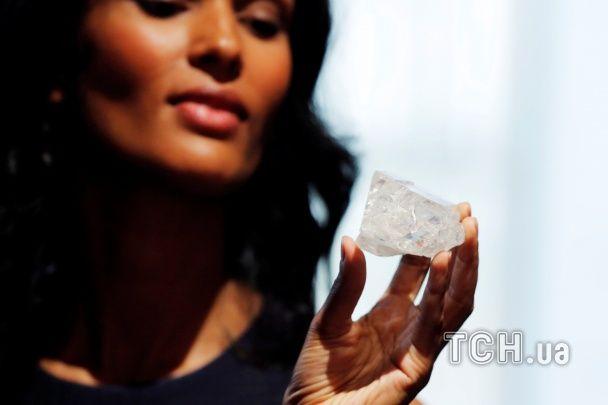 Аукціон Сотбіс виставить найбільший за останнє століття алмаз вартістю $ 74 млн