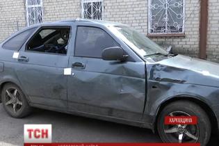 П'яний водій-підліток без прав збив подружжя з немовлям у візочку