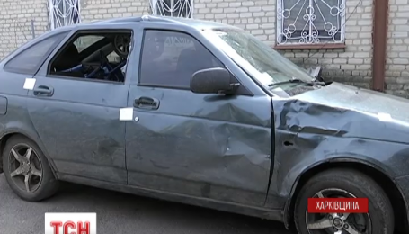 На Харьковщине пьяный подросток за рулем автомобиля сбил молодую семью с коляской