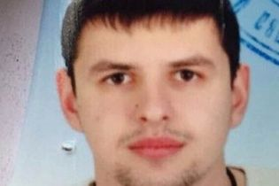 Поліція оприлюднила фото чоловіка, який обстріляв журналістів в Одесі