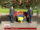 Українське посольство поклало жовто-блакитні квіти до меморіалу Києва у Москві